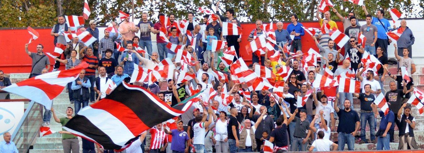 Stadio Morgagni Forlì - Tifosi sugli spalti